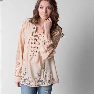 Gimmicks BKE crochet lace up front blouse